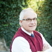 Dr. Charles Umosella - Bethesda family doctor & pediatrician